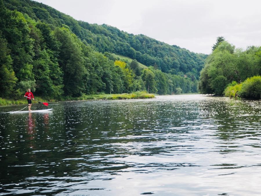 SUP auf der Flusslandschaft des Jahres 2002/2003
