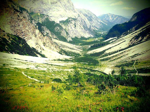 Aufstieg zur Lamsenjochhütte im Karwendel