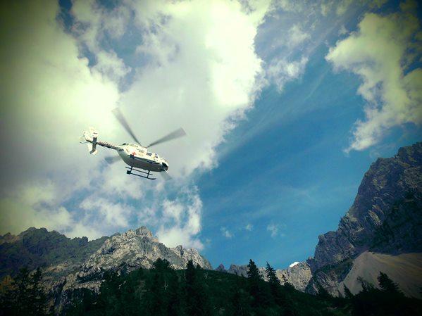Hubschrauber an der Hochlandhütte