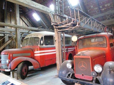 Alte Feuerwehrautos