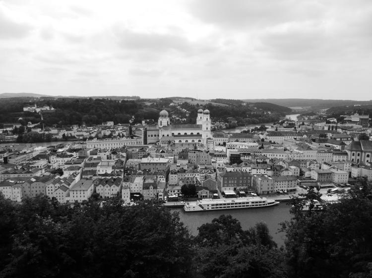 Domblick von der Veste in Passau aus