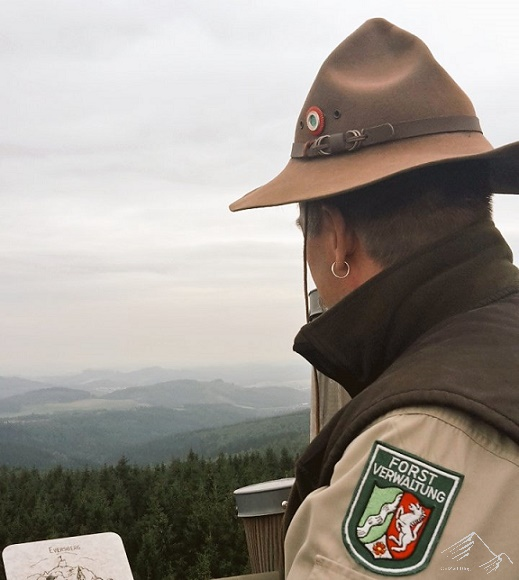 Lörmecketurm, Sauerland mit Ranger