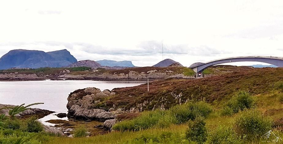 Brücken und Inseln in Norwegen