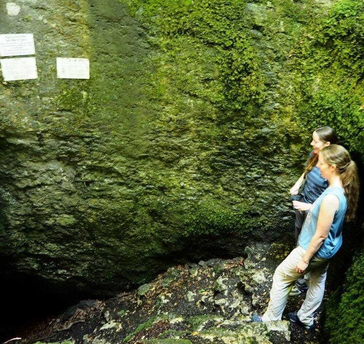 Eingang Geishöhle bei Münzinghof