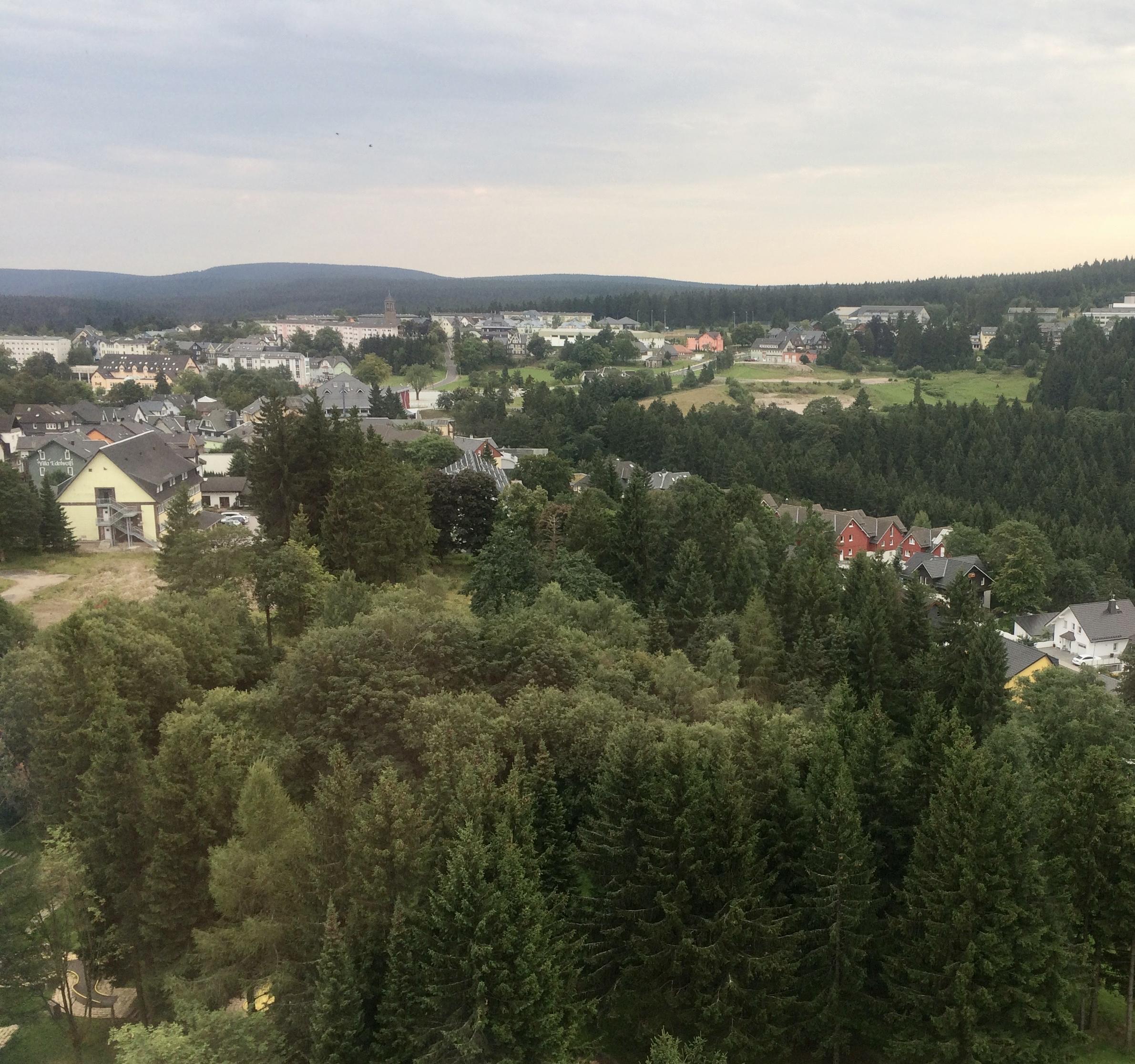 Oberhof: Idyllisches Dörfchen, wenn nicht gerade Hochsaison im Winter ist.