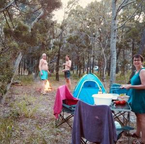 Camping im Wald kurz vor Fraser Island