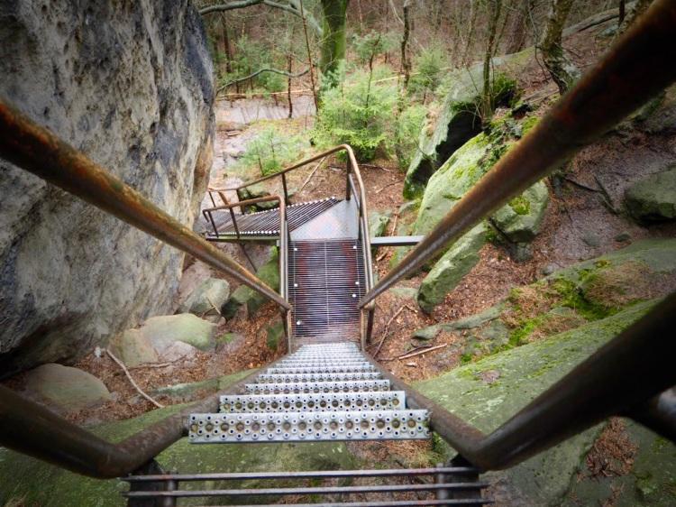 Malerweg Etappe 4: 90° nach oben: Klettersteig zu den Schrammsteinen