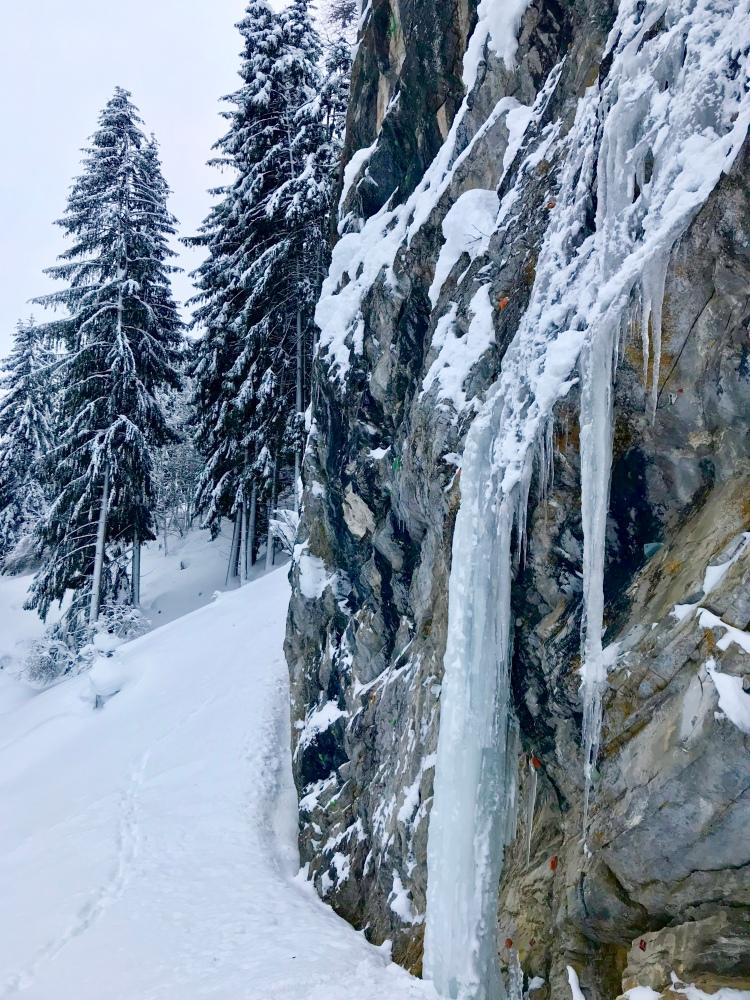 Großarl: Im Sommer Klettern, im Winter Eisklettern am gefrorenen Wasserfall